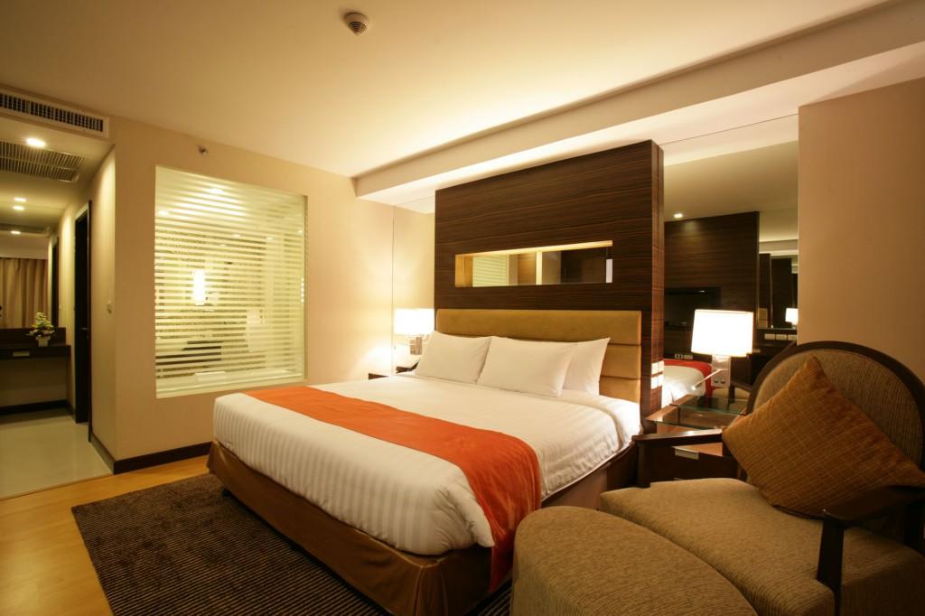 Bangkok Hotel: Legacy Suites Sukhumvit | Compass Hospitality