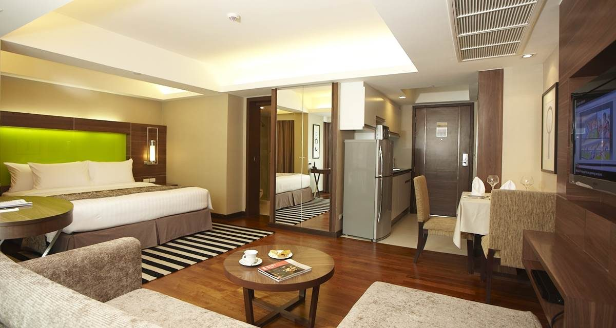 Benjasiri Park Hotel: レガシー スイーツ ホテル (LEGACY SUITES HOTEL)