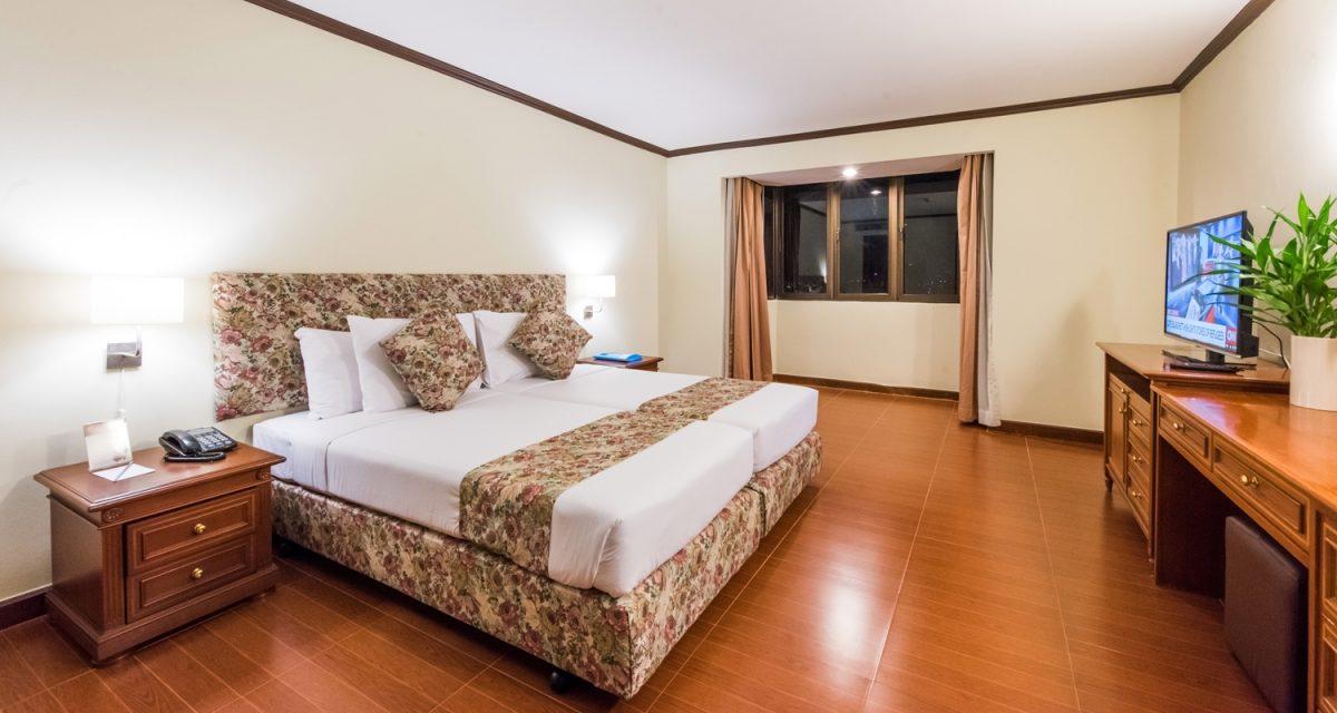 娜娜, 泰国 Hotel