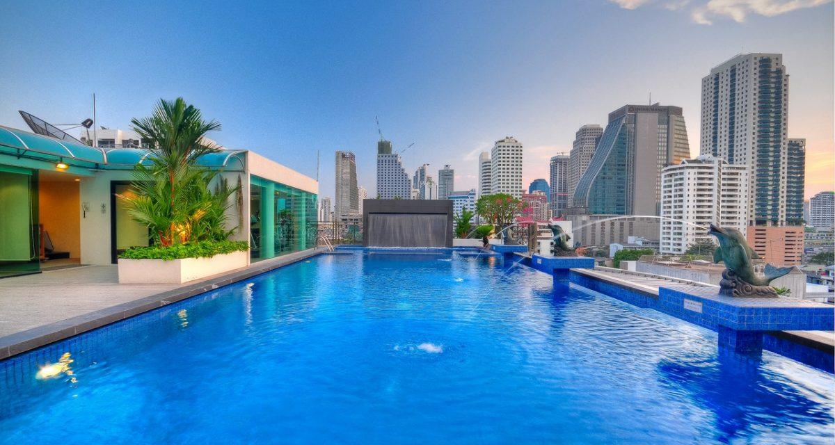 แอดไมรัล พรีเมียร์ (Admiral Premier Hotel Bangkok), สวนเบญจกิติ, ไทย