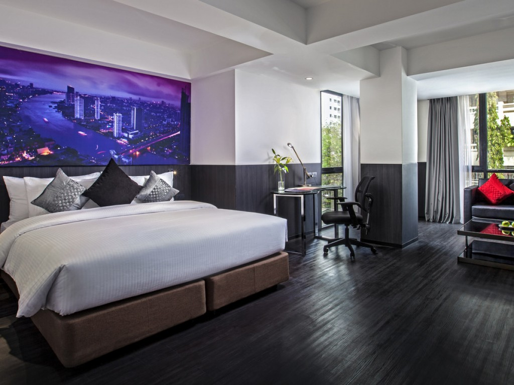 hotel with connecting room bangkok