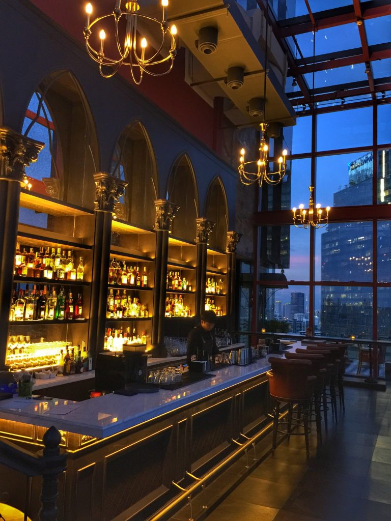 Bangkok Hotel: Mojjo Bar by Compass Dining