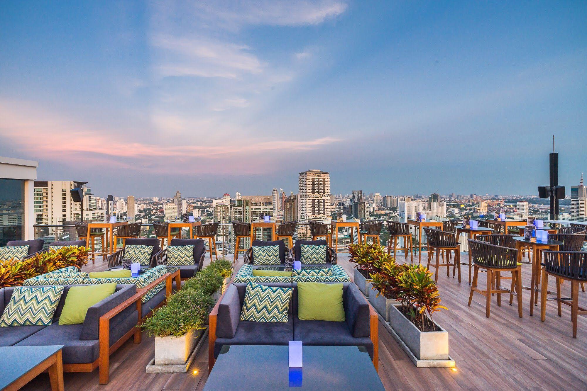 VANILLA SKY BAR & CLUB by Compass Dining, Bangkok, THAÏLANDE